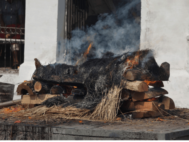 funeral pyre Ganges