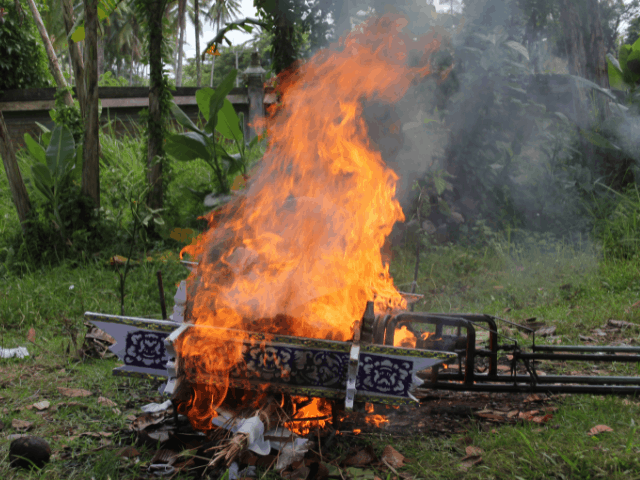 open air cremation